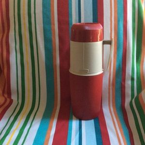 Vintage THERMOS brand RED 1 quart MCM EUC